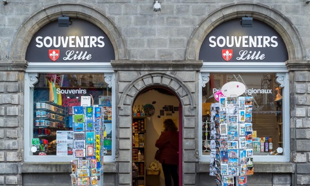 Visiter Et Animations Insolites En 2cv à Lille Boutique Souvenirs